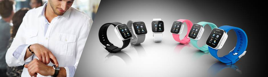 The SmartWatch Android watch features an ultra-responsive touch display.